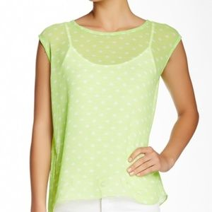 Two by Vince Camuto Polka Dot Split Back Tee